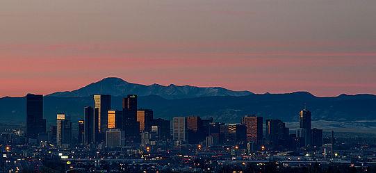 Sunrise_Over_Denver_Skyline