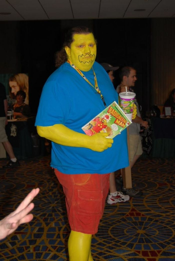 c737c3575bfcb36a4e5a3d43256b899d--funny-cosplay-cool-cosplay